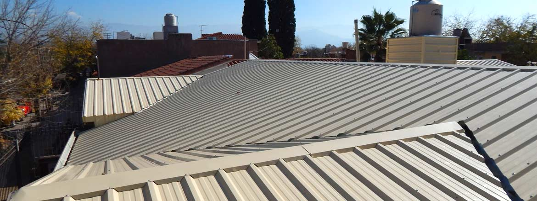 Techos de tejas y chapas galpones y tinglados techos for Modelos de techos de chapa